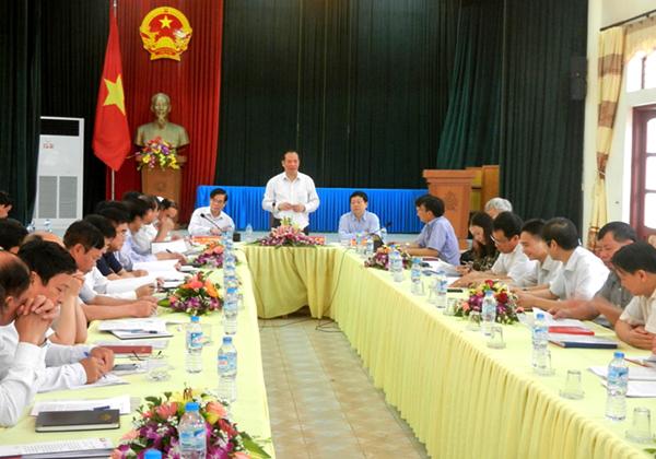 Tinh uy lam viec tai Thanh Ha 2